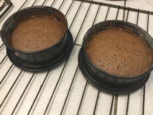 csokolades_piskota_recept-tortaiskola-1 (10)