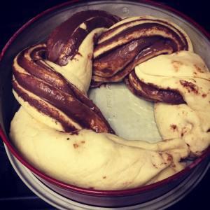 nutellas_kelt_csavart_kalacs_recept-tortaiksola-1 (8)
