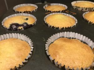 afonyas_cupcake-citromos-cukraszkremmel-tortiskola-1 (4)