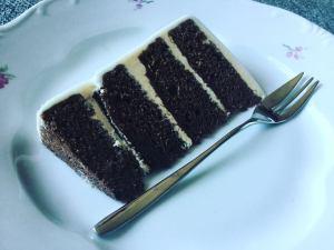 zold-citromos-feher-csokis-epres-torta-tortaiskola-1 (4)