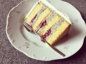 makos-meggyes-habcsoklapos-torta-keszitese-tortaiksola-1 (1)
