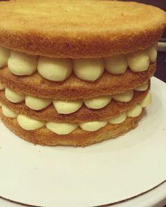 marakujas-afonyas-pucer-torta-recept-keszites-tortaiskola-glazurshop-1 (3)