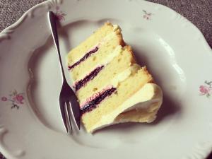 marakujas-afonyas-torta-recept-tortaiskola-1 (1)
