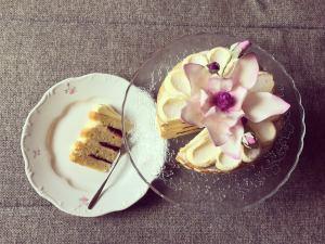 marakujas-afonyas-torta-recept-tortaiskola-1 (3)