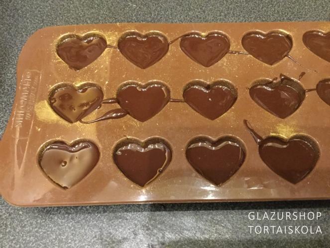 erdei-gyumolcsos-bonbon-keszitese-tortaiksola-1-6