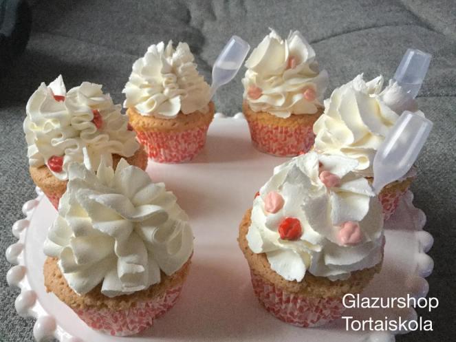 valentin_napi-cupcake-4